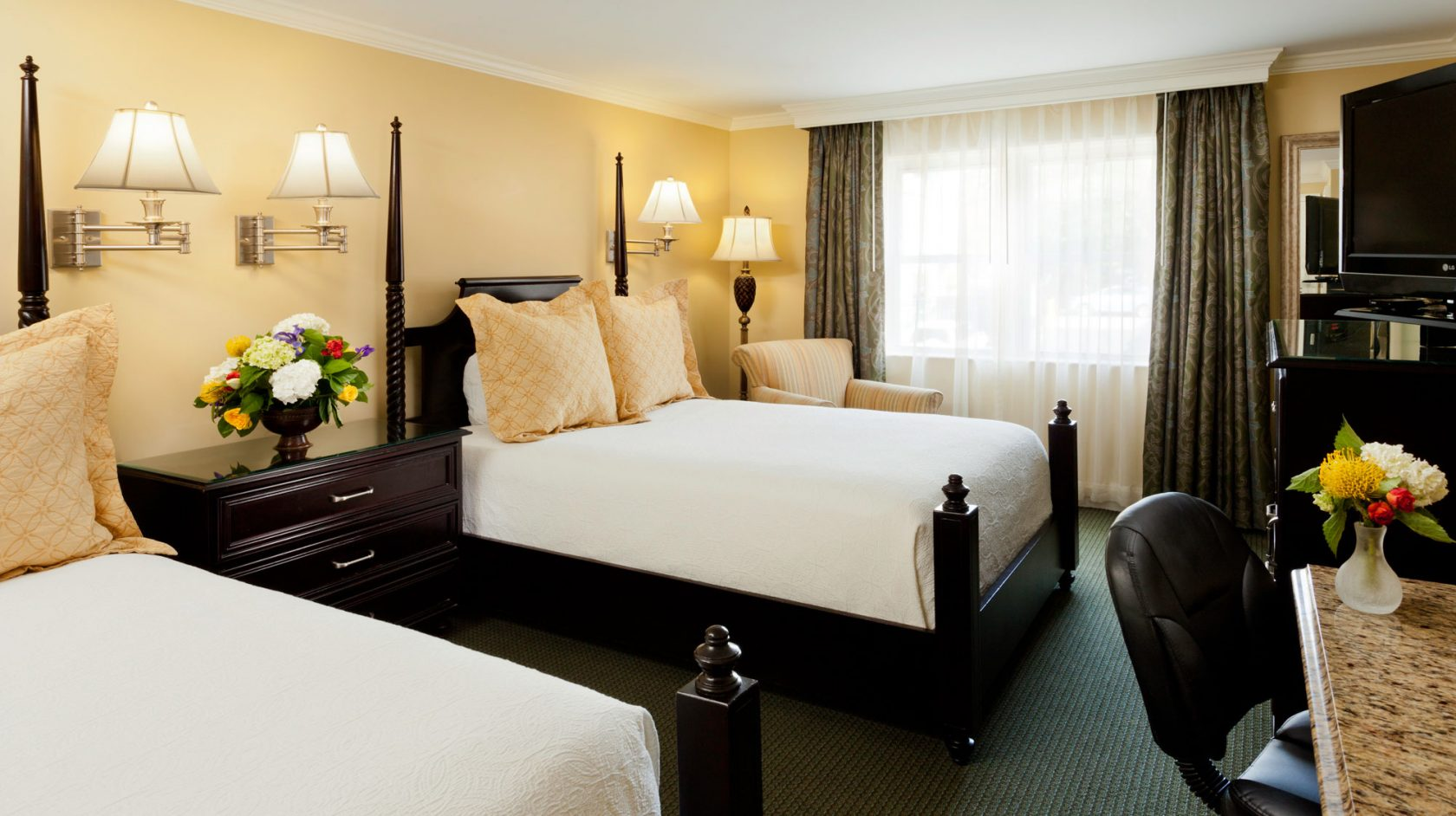 Charleston SC hotel accommodations