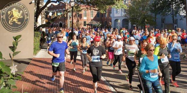 41st Turkey Day Run & Gobble Wobble 5K - Race start/finish at Marion Square